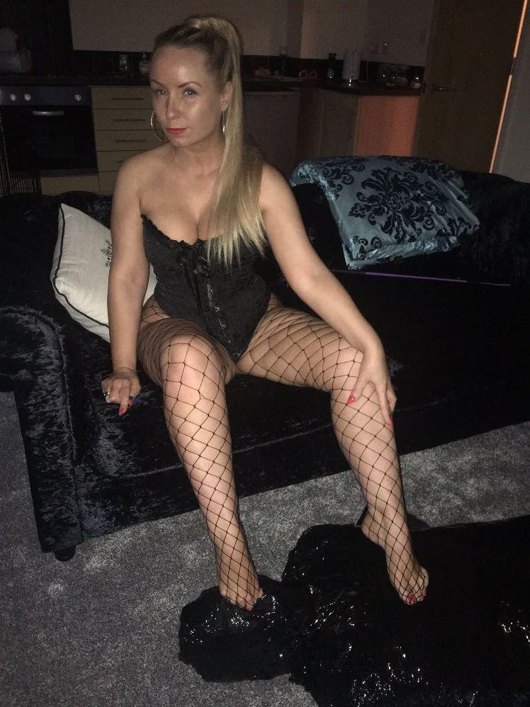 Mistress_Jay-website-03